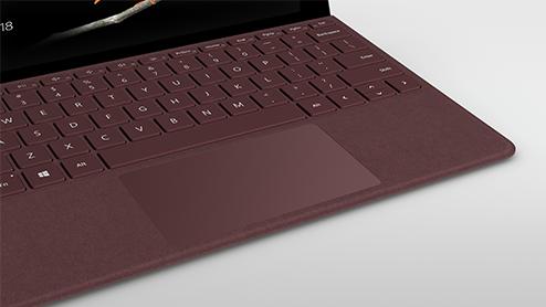 Dies ist ein Bild des Microsoft Surface Case